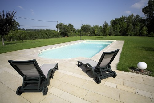 chandore swimming pool france