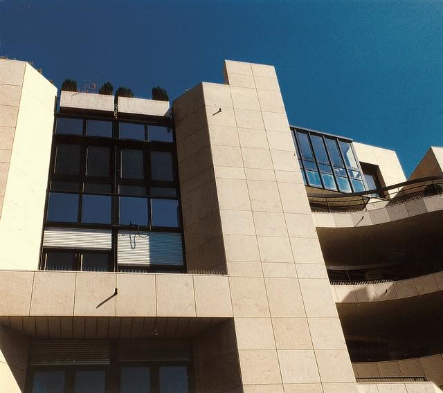 office building saint martin paris
