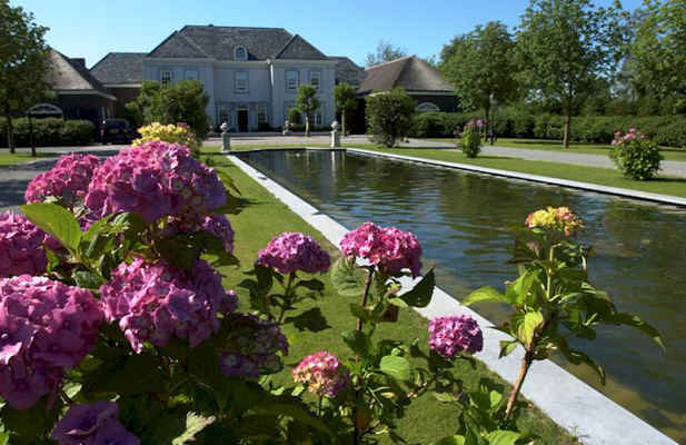 lanvignes yellow private residence nederlands 8