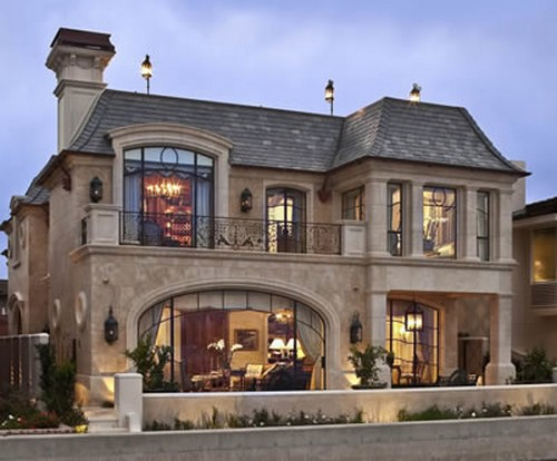 private residence lanvignes yellow and gold california 3