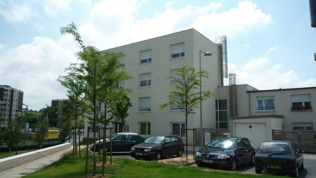 Apartment in the city of Caen in France, Noyant limestone 3