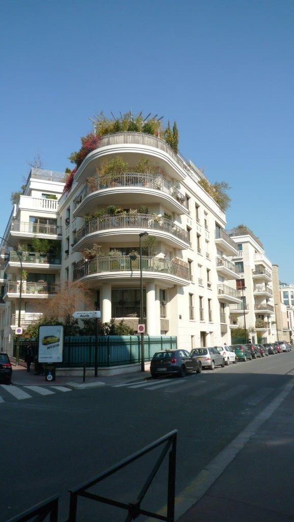 Apartment Levallois Perret France Noyant 1