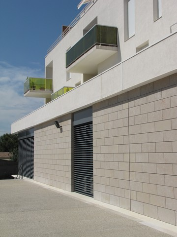 Wall Cladding Montpellier France Villebois Limestone