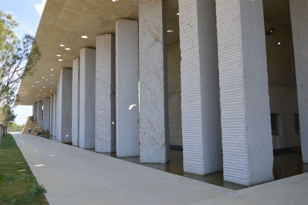 Megalith-Tarn-Silverstar-college-Serignan-France-1
