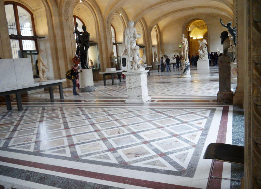 le-louvre-museum-opera-fantastisco-3